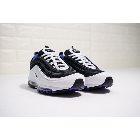 huge discount fbc9a b1887 Nike AirMax 97 - purple / white